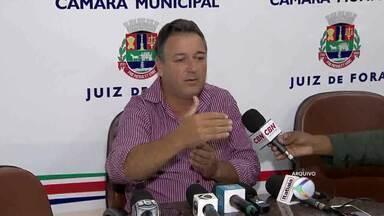 Vereador investigado por crime ambiental renuncia em Juiz de Fora - João do Joaninho ressaltou esta semana que pegou carona com amigo.Com a saída do vereador, quem assume a vaga é José Laerte, do PSDB.