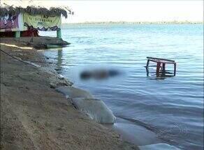 Homem morre eletrocutado enquanto desligava bomba irregular em praia na capital - Homem morre eletrocutado enquanto desligava bomba irregular em praia na capital