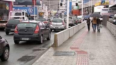 Motoristas reclamam da quantidade de buracos em ruas na Grande Florianópolis - Motoristas reclamam da quantidade de buracos em ruas na Grande Florianópolis