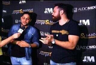 Dupla Jorge & Matheus encerra noite de shows da Expocrato - Evento movimentou R$ 100 milhões em negócios.