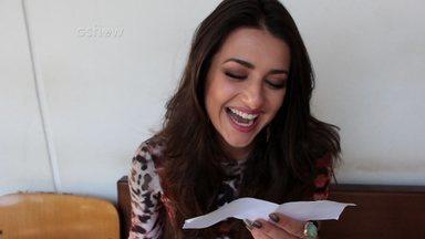 Meu Amigo dos Sonhos: Anaju lê mensagem do seu novo amigo - Anaju recebe mensagem de fã no Dia do Amigo