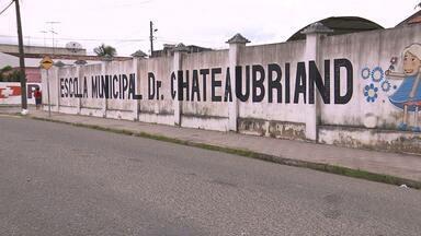 Escola é arrombada em Campina Grande - Bandidos já invadiram o local por diversas vezes
