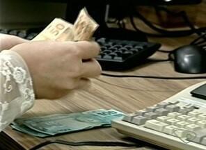 Procon registra mais de 1 mil atendimentos ligadas a crédito e pendências, no ES - Muita gente está perdendo o controle das dívidas.