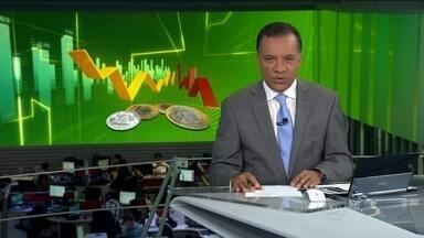 TAM anuncia redução do número de voos no Brasil e vai demitir até 2% dos funcionários - A empresa aérea declarou que tomou a decisão porque agora tem menos gente viajando de avião. Mas que, mesmo com menos voos, os destinos atuais serão mantidos.