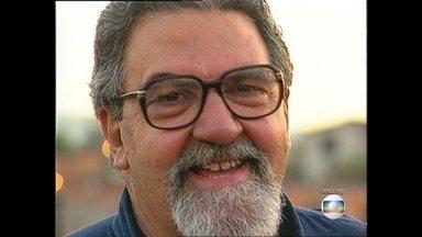 Morre aos 80 anos o ex-prefeito do Rio Luiz Paulo Conde - Luiz Paulo Conde lutava contra um câncer de próstata há mais de cinco anos. Ele estava internado há cerca de um ano num hospital da zona Sul da cidade para tratamento. O velório será no Palácio da Cidade, em Botafogo.