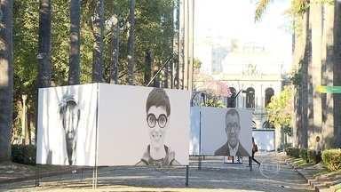 'Moradores - A Humanidade do Patrimônio Histórico' está em exposição na Praça da Liberdade - O projeto aponta que a preservação da memória de um lugar depende das pessoas que vivem nele. A mostra pode ser vista em Belo Horizonte.