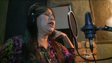Barreirinhas recebe cantora Eugênia Miranda; apresentação promete esbanjar romantismo - A cidade de Barreirinhas recebe hoje todo o romantismo da cantora maranhense Eugênia Miranda.