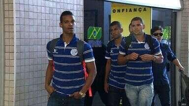 Confiança desembarca em Aracaju após derrota para o América-RN - Confiança desembarca em Aracaju após derrota para o América-RN