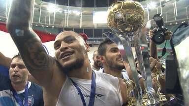 Jogador Titi, do Bahia, recebe proposta para deixar o clube - O jogador já tem 5 temporadas como titular no clube e tem contrato até dezembro.