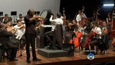 Festival de inverno começa nesta terça-feira em Bauru - O Festival de Inverno de Bauru (SP) 2015 começa nesta terça-feira (15) com apresentação da Orquestra Sinfônica Municipal, sob a regência de Paulo Gomes Pereira.
