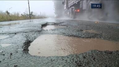 Situação das rodovias do Oeste catarinense assusta motoristas - Situação das rodovias do Oeste catarinense assusta motoristas