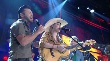 Bruna Viola se apresenta com a dupla Marcos & Belutti - Cantores interpretam 'Saudades da minha terra' no programa Altas Horas