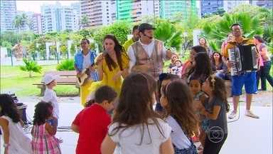 3º BLOCO | Música embala famílias que querem um futuro melhor para seus filhos - Personagem Tio Bruninho explica porque a música é tão importante no desenvolvimento da garotada.