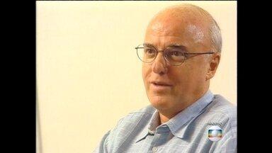 Lava Jato: Othon Silva participou da criação do programa nuclear brasileiro - Othon Luiz Pinheiro da Silva atingiu, na Marinha do Brasil, o mais alto posto para os engenheiros: o de vice-almirante. Nos anos 70, propôs ao governo militar que o Brasil desenvolvesse uma tecnologia própria para usar o combustível nuclear.