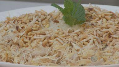'Prato Feito' tem receita de arroz com frango - Essa semana tem homenagem nesse quadro. Confira!