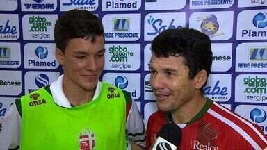 Pai e filho ajudam Lagarto a vencer a Barra dos Coqueiros na Copa TV Sergipe - Pai e filho ajudam Lagarto a vencer a Barra dos Coqueiros na Copa TV Sergipe