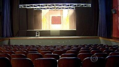 Falta de verba pode provocar fechamento de dois teatros em Belo Horizonte - Donos dos espaços reclamam da falta de incentivo do poder público com relação aos espaços culturais.