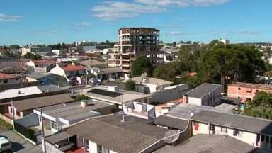 Está difícil vender imóveis aqui em Guarapuava - Por causa da crise, os vendedores estão mais abertos às negociações.