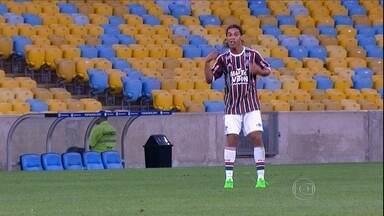 Ronaldinho estreia em vitória do Fluminense sobre o Grêmio - No outro jogo da 16ª rodada, Inter e Chapecoense não saem do 0 a 0