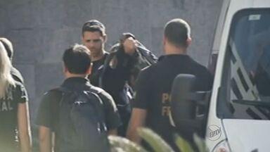 Irmão de José Dirceu foi investigado por enriquecimento ilícito em Ribeirão Preto, SP - Luiz Eduardo OLiveira e Silva foi preso nesta segunda-feira (3), na 17ª fase da Operação Lava Jato.