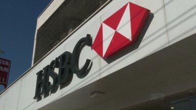 Bancários protestam contra venda do HSBC - O Bradesco comprou o banco por R$18 bilhões.