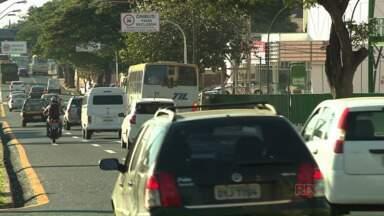 Fim das obras na avenida Tiradentes trazem mudanças nas vias - Foi instalada a faixa exclusiva para ônibus, semáforos e aberto o cruzamento com a rua José de Alencar.