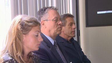 TJ-AM realiza nova audiência sobre morte de turista inglesa - Sentença deve sair em duas semanas; familiares acompanharam audiência. Morte ocorreu em acidente fluvial em 5 de setembro de 2013, no Rio Negro.