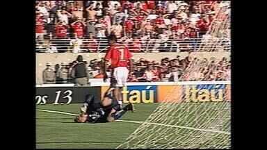 Grêmio vence Inter por 2 a 1 pelo Campeonato Brasileiro de 2000; relembre - Assista ao vídeo.