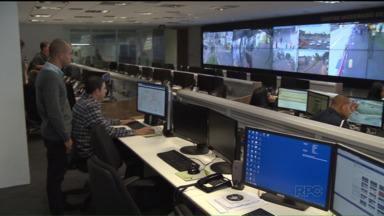 Centro Integrado de Comando e Controle do Paraná é reinaugurado em Curitiba - É possível acompanhar imagens de 2.000 câmeras que estão instaladas em Curitiba e Região Metropolitana. Prédio já tinha sido utilizado durante a Copa do Mundo em 2014.