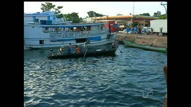 Pescadores enfrentam dificuldades para descarregar peixes na Feira do Pescado - Eles alegam que o espaço está sendo ocupado indevidamente por grandes embarcações.