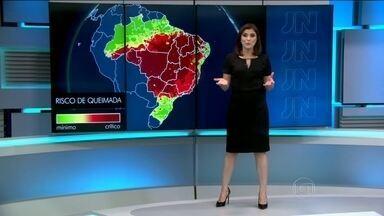 Quarta-feira (5) tem alerta de tempo seco em grande área do Brasil - Próximos dias devem ser de muito sol e calor no centro do Brasil e com possibilidade de chuva só em parte da Região Norte, do litoral do Nordeste e do Sul.