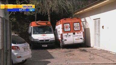 Metade das ambulâncias de Santa Maria, RS, está quebrada - Instituição que administra o Samu na cidade decidiu romper o contrato com a prefeitura e a população sofre com a falta de atendimento.