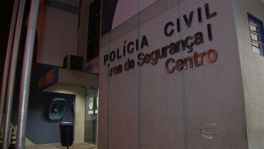 Polícia encontra motocicleta roubada em Campo Grande - A dupla que praticou o crime no domingo (2) foi encontrada após denúncias de moradores do residencial Oliveira II