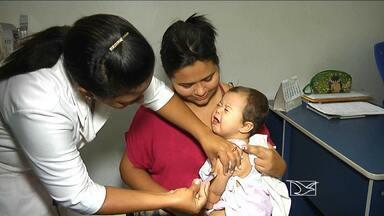 Mesmo antes do início da campanha de vacinação pais já procuram postos de saúde em Bacabal - No próximo dia 15, o Ministério da Saúde realiza, em todo o país, mais uma campanha de vacinação contra a paralisia infantil. Mas em Bacabal, os pais já estão procurando os postos de saúde pra imunizar os filhos.