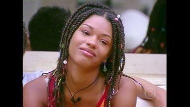 Relembre Juliana Alves no Big Brother Brasil - A atriz participou do programa em 2003