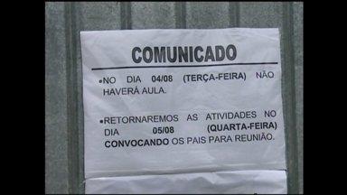 18ª CRE acompanha mobilização dos professores estaduais - 30 das 33 escolas estaduais de Rio Grande, RS, ficaram fechadas nesta terça-feira
