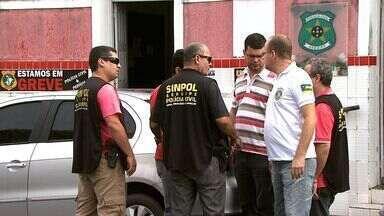 Agentes da Polícia Civil estão de braços cruzados - Agentes da Polícia Civil estão de braços cruzados.