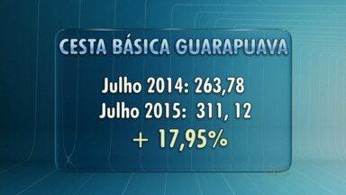 O preço da cesta básica em Guarapuava subiu - O aumento foi de 17, 95% nos últimos 12 meses, mais que o dobro da inflação no país.