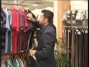 Lojistas de Valadares esperam repetir o número de vendas de 2014 para o Dia dos Pais - Maioria dos comerciantes não está otimista.