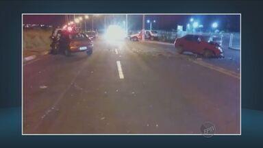 Jovem de 19 anos morre em acidente em Hortolândia - Quatro pessoas ficaram feridas na estrada da Granja.