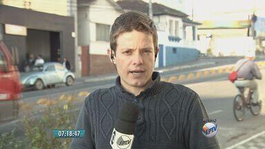 Servidores mantêm greve em postos de saúde de Pouso Alegre (MG) - Servidores mantêm greve em postos de saúde de Pouso Alegre (MG)