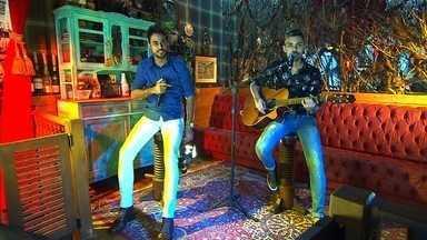"""Veja o clipe da dupla Brunno e Felipe - Eles foram selecionados para o concurso """"Novos Talentos da Música Sertaneja""""."""