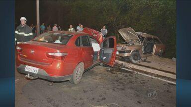 Homem e três adolescentes morrem após acidente com carro em Nova Odessa, SP - O acidente aconteceu no sábado (8), as vítimas foram enterradas na manhã desta segunda-feira (10).