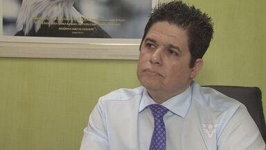 Prefeito Bili explica medidas que tomou para redução de gastos na cidade de São Vicente - Prefeito Bili explica medidas que tomou para redução de gastos na cidade de São Vicente.