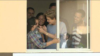 Presidente Dilma entrega unidades habitacionais e inaugura terminal em São Luís (MA) - A presidente da República, Dilma Rousseff, esteve nessa segunda-feira (10) em São Luís (MA), onde participou da inauguração oficial do Terminal de Grãos do Porto do Itaqui e da entrega de unidades do programa 'Minha Casa, Minha Vida'.