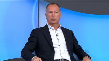 Mano Menezes descarta trabalhar com Vitorio Piffero no Inter - Treinador participou do programa Bem, Amigos, no canal SporTV.
