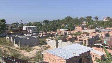 População critica abandono em obras de creches em Manaus - Uma reportagem do programa Fantástico, exibida no domingo (9), mostra um panorama da situação