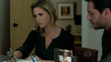 Pia é obrigada a aceitar emancipação de Giovanna - Oswaldo pede ajuda a Carolina para conquistar Hilda
