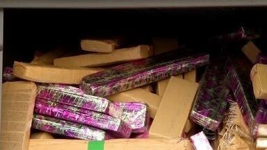 Polícia apreende drogas embrulhadas em papel de presente em Dourados (MS) - Mais de meia tonelada de maconha foi apreendida na tarde desta terça-feira (18) na BR-163