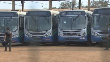 Greve do transporte coletivo surpreendeu passageiros em Porto Velho - Trabalhadores da empresa Rio Madeira paralisaram as atividades e reivindicavam pagamento dos salários atrasados.